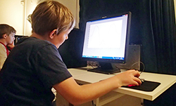 Researchers used a special computer programme to test the concentration ability of children. Photo: Svend Sparre Geertsen.