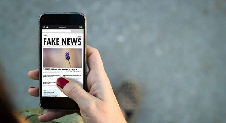fake news telefon