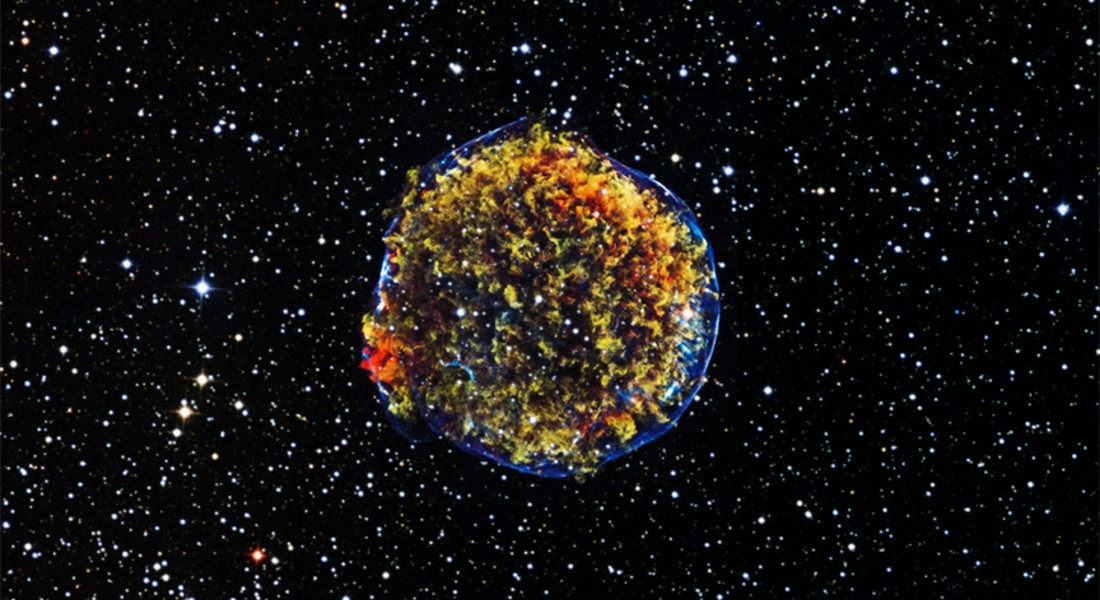 In 1572 the Danish physicist Tycho Brahe, discovered this supernova called Stella Nova. By measuring the distance from this supernova and other novas, researchers later on concluded, that the universe in expanding constantly and with accellerating speed. Photo: NASA/CXC/SAO