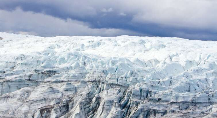 Photo of Greenland's Ice sheet by Joshua Brown, University of Vermont